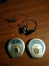 2 cd players and headphones  Tampa, 33607