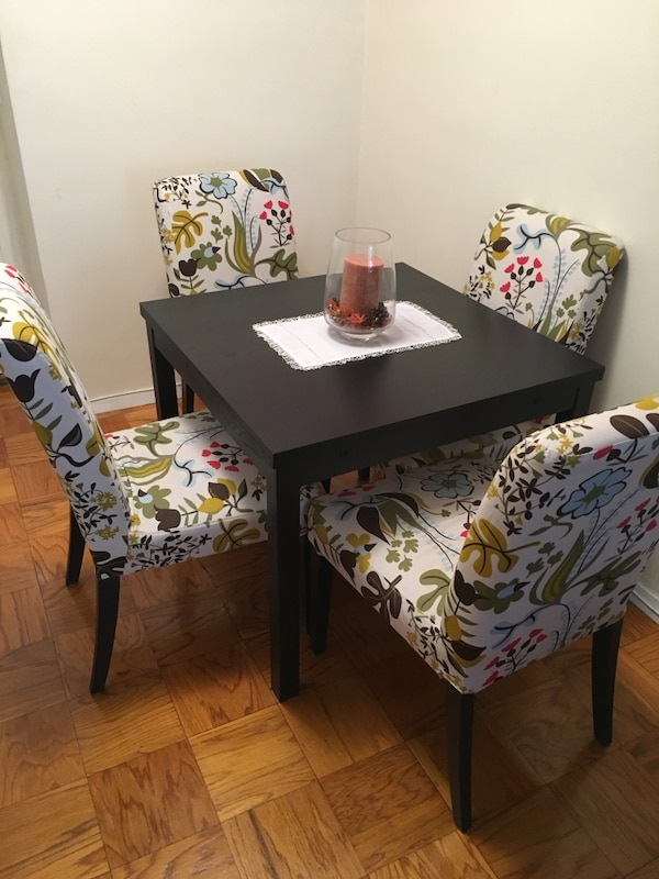 New York Icinde Satlk Ikinci El Extendable Dining Table Chairs Have Been Sold