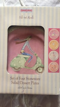 Set of cute plates. Never been used   Florence, 29506