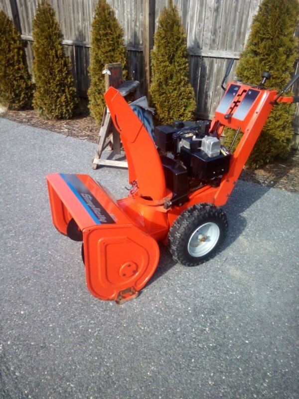 Simplicity snowblower like new