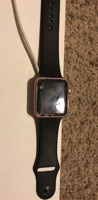 Cracked rose gold aluminum frame apple watch with black sport band Somerton, 85350