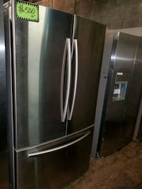 SAMSUNG French doors fridge working perfectly