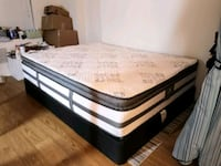 Queen size mattress and box Washington
