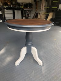 Refinished Side Table Buffalo Grove, 60089