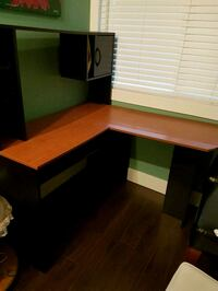 Free Desk Maple Ridge, V2X 0T2