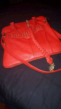 Purse carry  on too.brand new