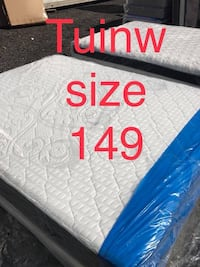 white and blue quilted mattress Oxon Hill, 20745