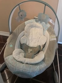 Baby's gray and white bouncer ingenuity  San Elizario, 79849