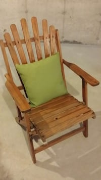 Vintage 1940's Watling Wooden Chairs Georgina, L4P 4A8