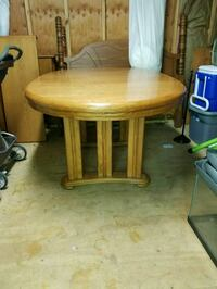 Oak table with two extensions Stafford, 22556