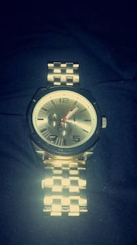 round silver chronograph watch with link bracelet Tempe, 85283
