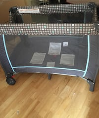 black and gray travel cot Toronto, M3H 2S9