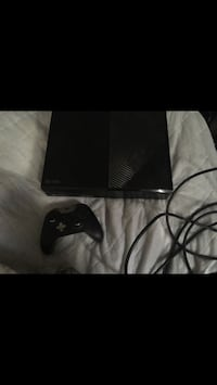 Xbox One Controller And HDMI Cord Bakersfield, 93306