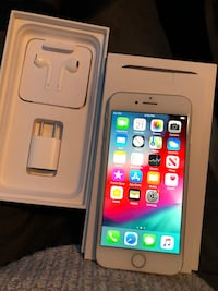 IPHONE 8 64GB UNLOCKED 10/10 CONDITION $400 FIRM