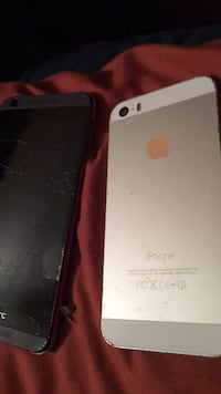 htc and iPhone  5s together   45$ Fort Pierce, 34947