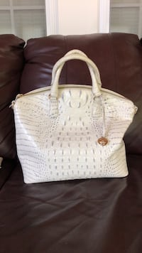 White and blue authentic leather Brahmin ladies bag with accessories. Nashua, 03064