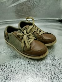Boys shoes, size 3M (youth) Antelope, 95843