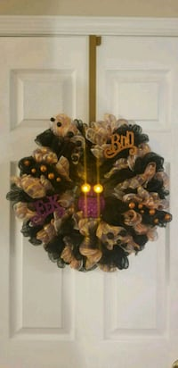 brown and black wreath decor Frederick, 21703