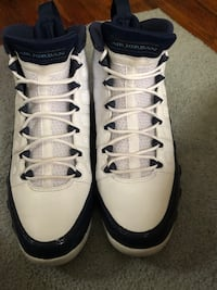 Retro 9 UNC Warren, 48091