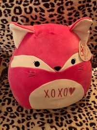 Brand new squishy pink fox pillow Toronto, M2M 4E7