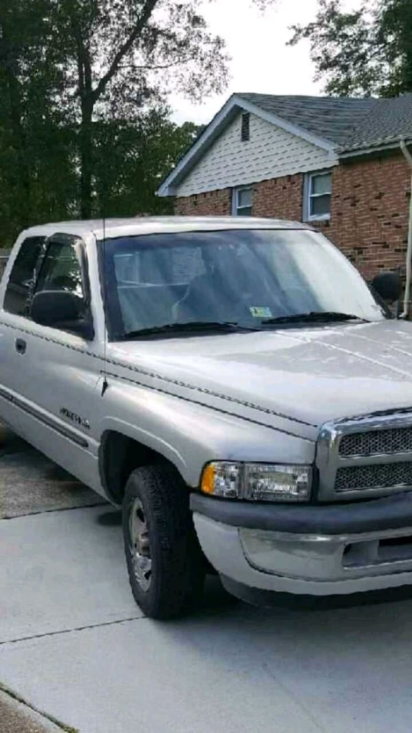 2000 dodge 1500 lariat pickup obo has to go asap cdc223cb-503d-4e79-91a5-17ef3527a790