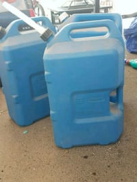 6 gallon jugs Ceres, 95307