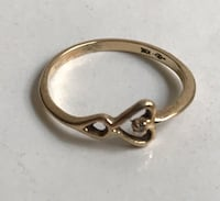 10k Yellow Gold and Diamond Point Heart Ring 6 1/2 Wellington, 33414