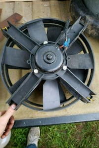Dual electric radiator fans Sound Beach, 11789