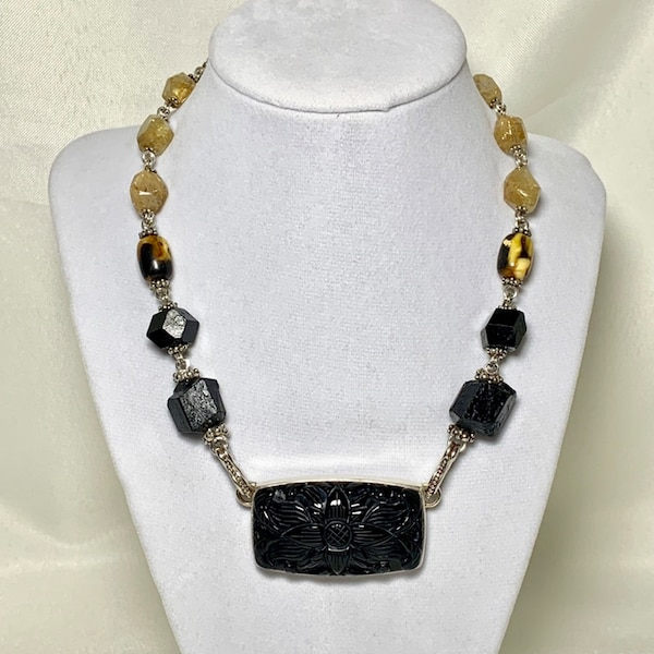 Authentic Stephen Dweck Sterling Silver Black Onyx Necklace 99ab6416-307a-4c72-a235-d2fb96cc9287
