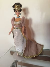 girl in white and pink dress doll 1102 mi