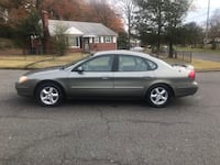 Ford - Taurus - 2004 District Heights, 20747