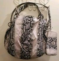 Guess Snake Skin Purse with matching wallet  St. Albert, T8N 2G2