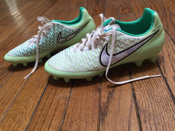 fa7cb23ba16 Used Rugby cleats - girl s size 8 for sale in Mississauga - letgo