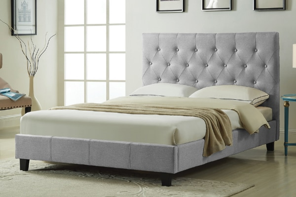 Beautiful New Platform Bed! ON SALE at Canada's Sleep Paradise! c5d383c8-4b47-4e05-a679-0c6f902d706a