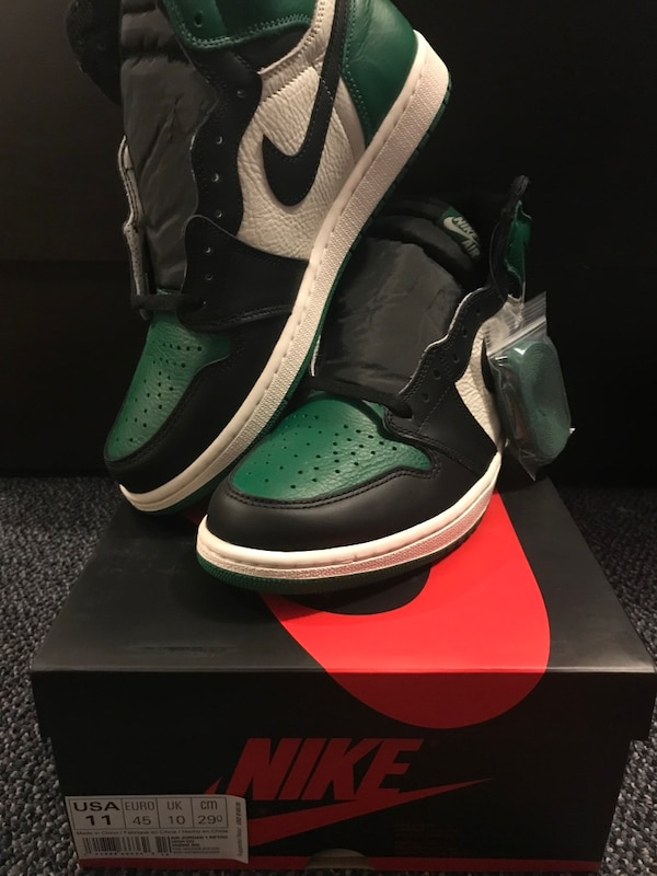 f4c8ba670226 Used Ds Air jordan 1 pine green size 11 for sale in New York - letgo