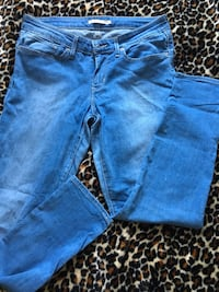 levis skinny jeans size 32  Laval, H7X