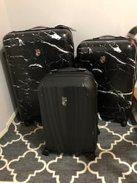 Xmas sale! Save 70% off all new Heys luggage !