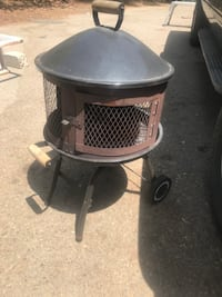 Outdoor wood fire pit fireplace San Diego, 92128