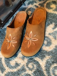 Ariat clogs, size 6.5 Brand New Plano, 75075