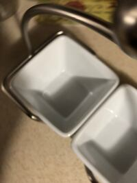 Pampered chef serving dishes and stand Fall River, 02720
