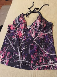 Bathing suit size xl but fits like a large bottom are xxl  Lytle, 78052