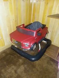 red and black ride-on toy car Macon, 31211