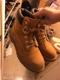 Timberland 6inch Boots Wheat Toronto, M8Z 2R5