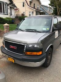 GMC - Savana - 2008 New York, 11412
