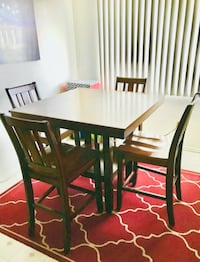 Urban Home Dining Table & Chairs