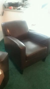 black leather padded sofa chair Stockton, 95206