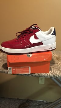 Lebron red, black, and white nike low-top size 12 Cranston, 02920