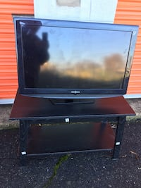 TV & TV Stand - 35 inches Alexandria, 22311