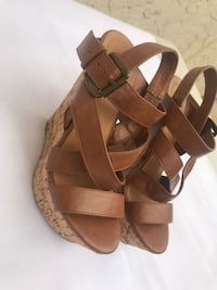 Brown strapped wedges