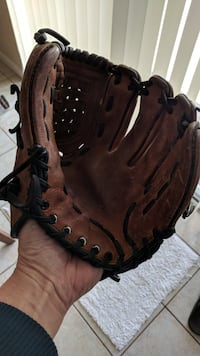Leather Baseball Glove for Right Hand Thrower Palm Coast